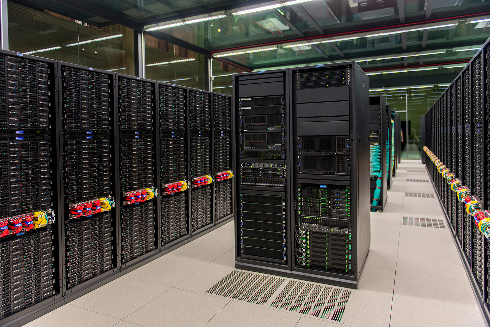 Visit our Supercomputer BSC-CNS