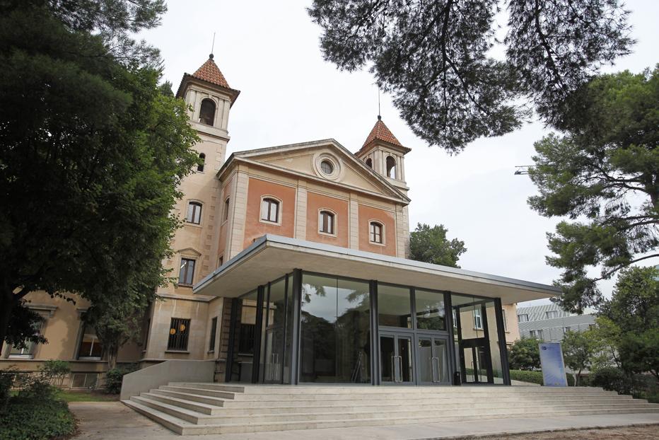 Torre Girona building